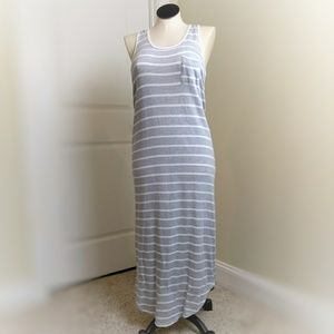 Gray & White Casual Dress Large